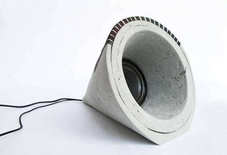 Potentialité – Une enceinte audio en papier:  de style  par Stéphanie Souan