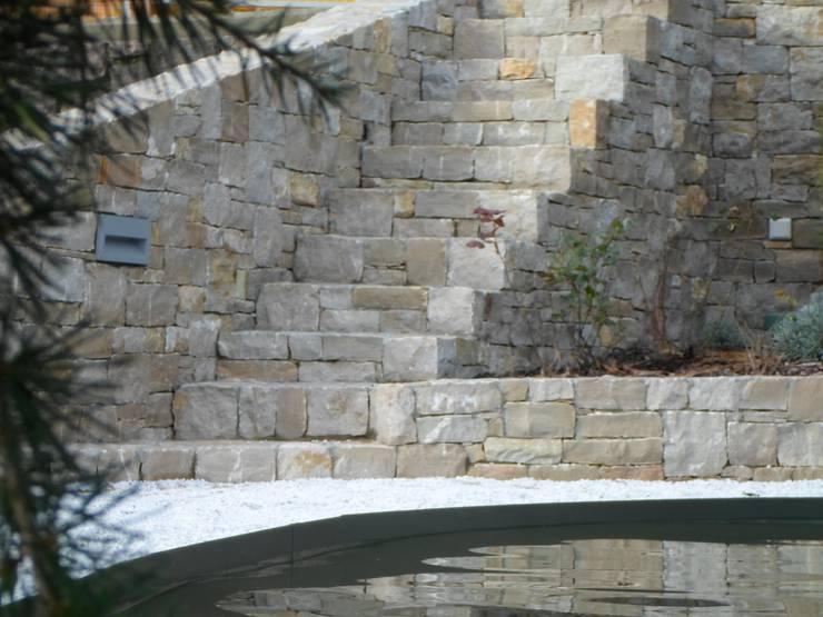 nuovo cascinale: Case in stile  di Cava Gregis
