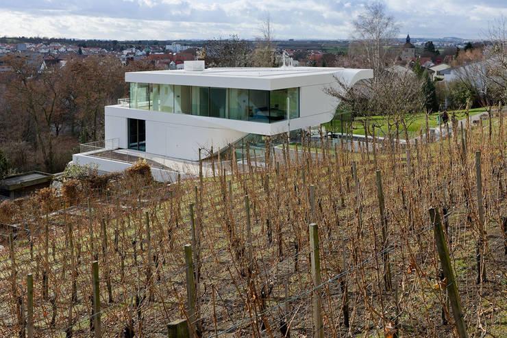 Haus am Weinberg:  Huizen door UNStudio