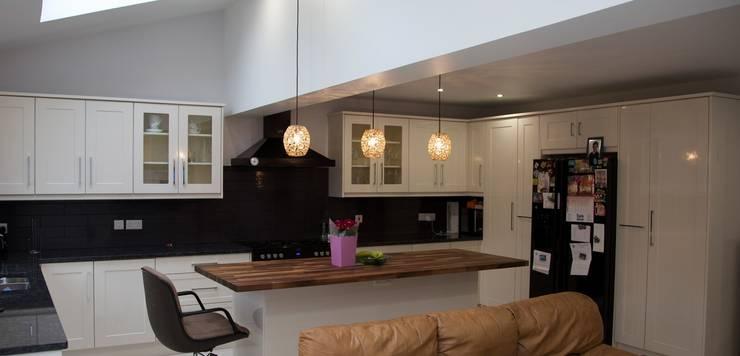 The Burnham Refurbishment: modern Kitchen by The Market Design & Build