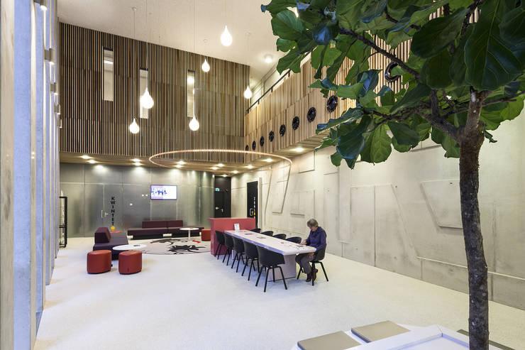 Tricotage:  Evenementenlocaties door LEVS architecten, Modern