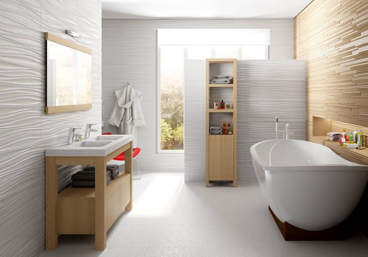 Baños de estilo  por Visobath