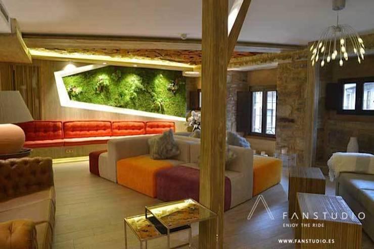 HOTEL RURAL <q>LAS TREIXAS</q>: Casas de estilo  de FANSTUDIO__Architecture & Design
