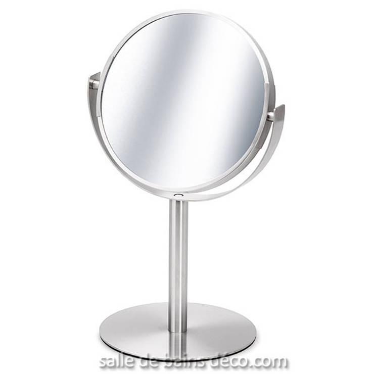 Miroir sur pied Primo: Salle de bain de style  par Salle de Bains Déco.com