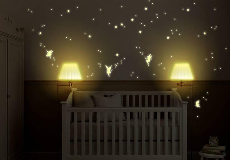 Leuchtsterne von K&L Wall Art | homify