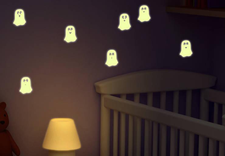 Leuchtsticker Niedliche Geister:  Kinderzimmer von K&L Wall Art