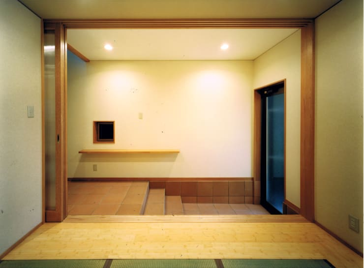 Casas de estilo  de 真島元之建築設計事務所 Majima Motoyuki Architect,