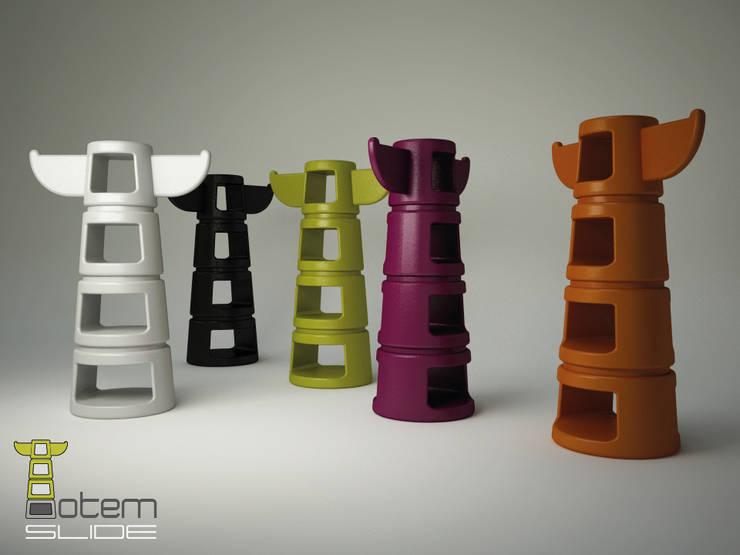 Totem:  in stile  di Alpestudio, Eclettico