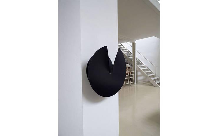 minimalistic Living room by Gabriele Bavastrelli