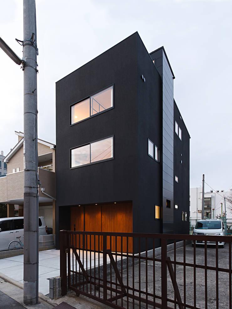 秘密基地のある家: ラブデザインホームズ/LOVE DESIGN HOMESが手掛けた家です。,