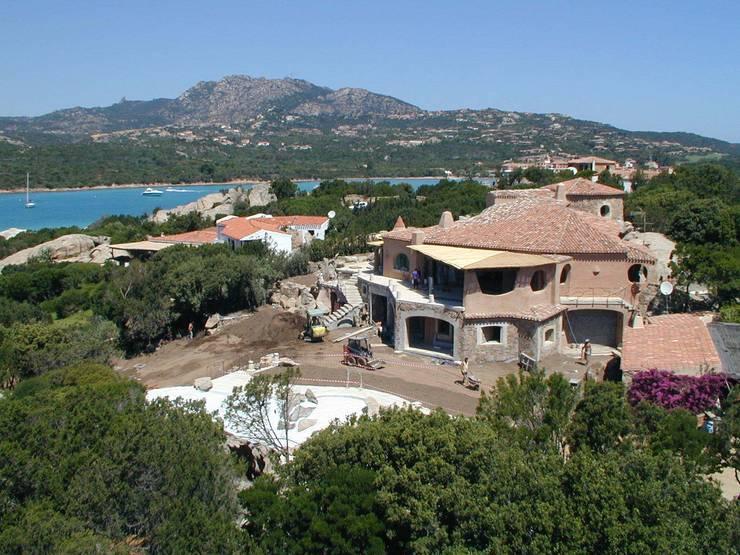 Villa La Celvia: Casa in stile  di Studio Giuseppe Polese