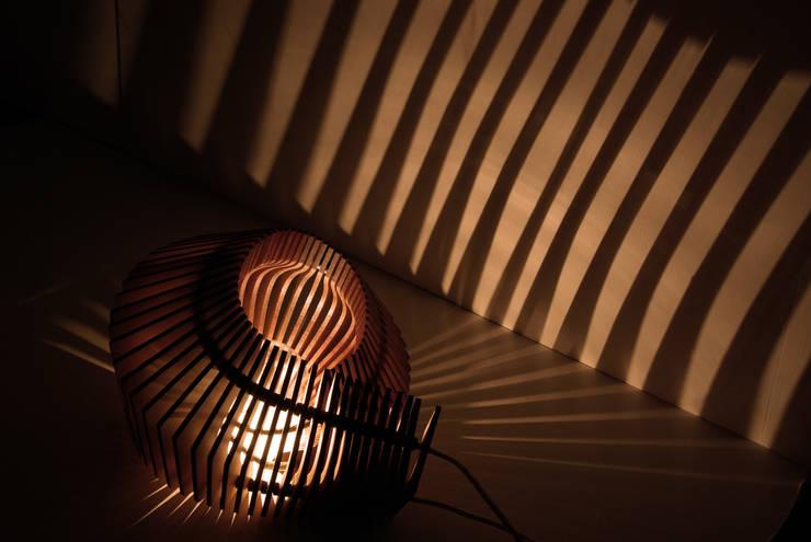 Light & Roll: Maison de style  par Florence Massin