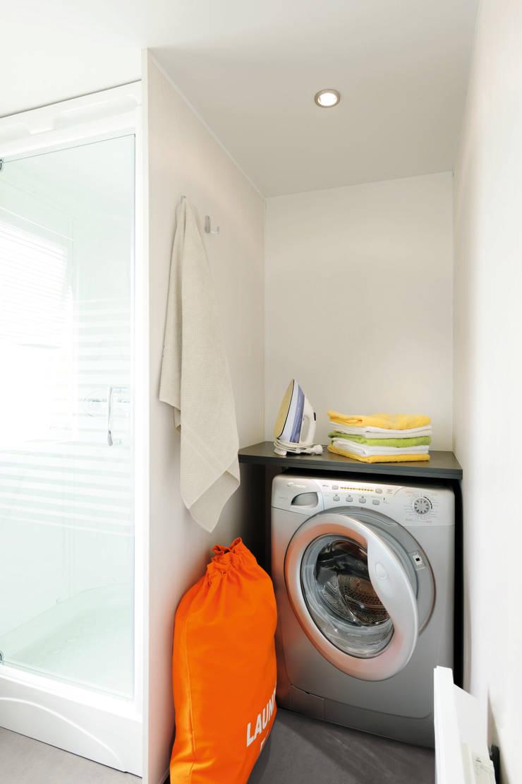 l'espace salle de bain:  de style  par Tendance Mobil-home