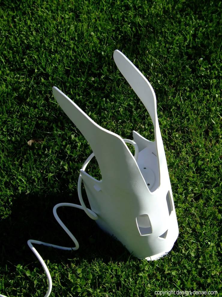 The Rabbit: Chambre d'enfants de style  par Design-Danaë