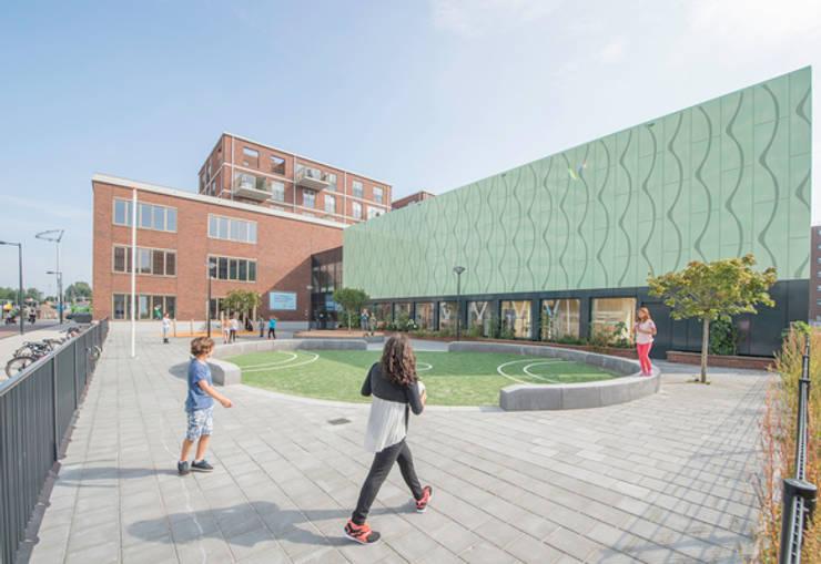 Brede School Amstelkwartier:   door Liag Architecten en Bouwadviseurs