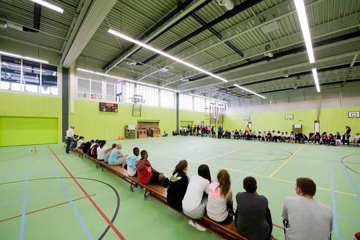Sportcomplex Strijp:   door Liag Architecten en Bouwadviseurs