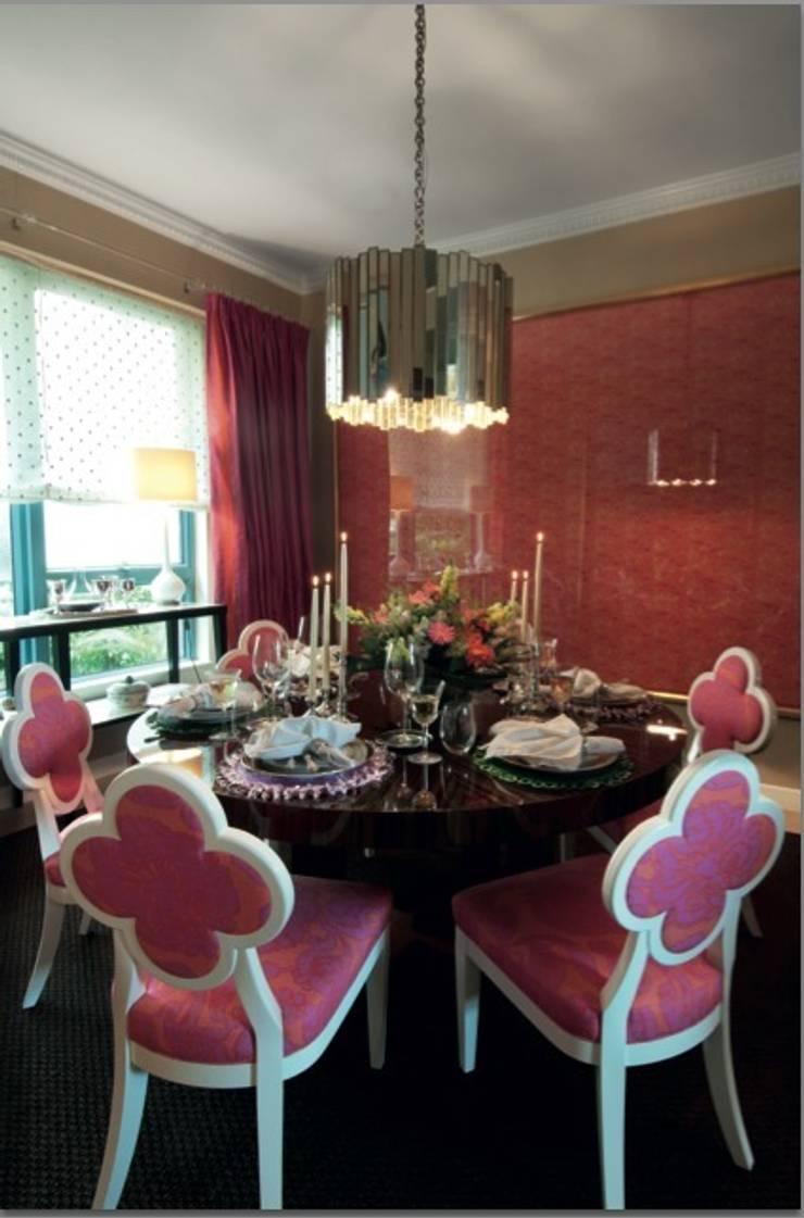 Leigh's Hong Kong House:   by Leigh Chiu Designs