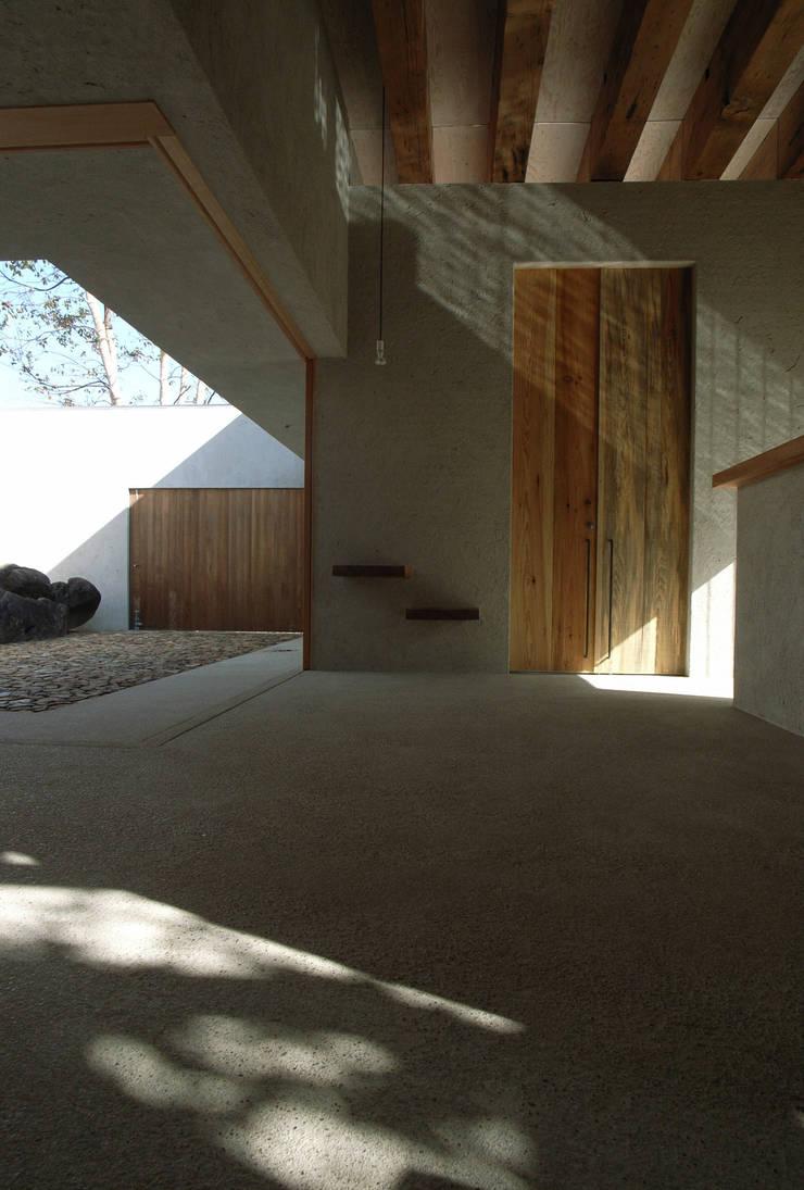 BREATH: 中庭のある家|水谷嘉信建築設計事務所が手掛けた家です。,モダン
