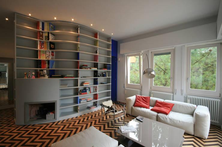 casa gallia:  in stile  di Michele Tonci Ottieri MTO & associati