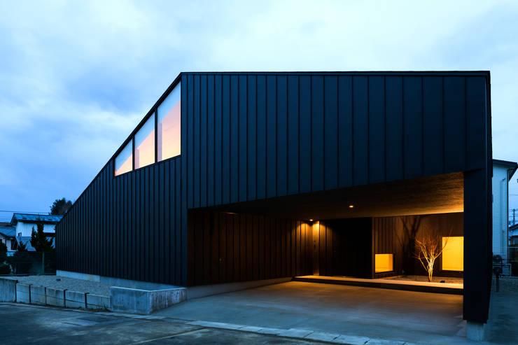 オオヤネコート: 有限会社TAO建築設計が手掛けた家です。