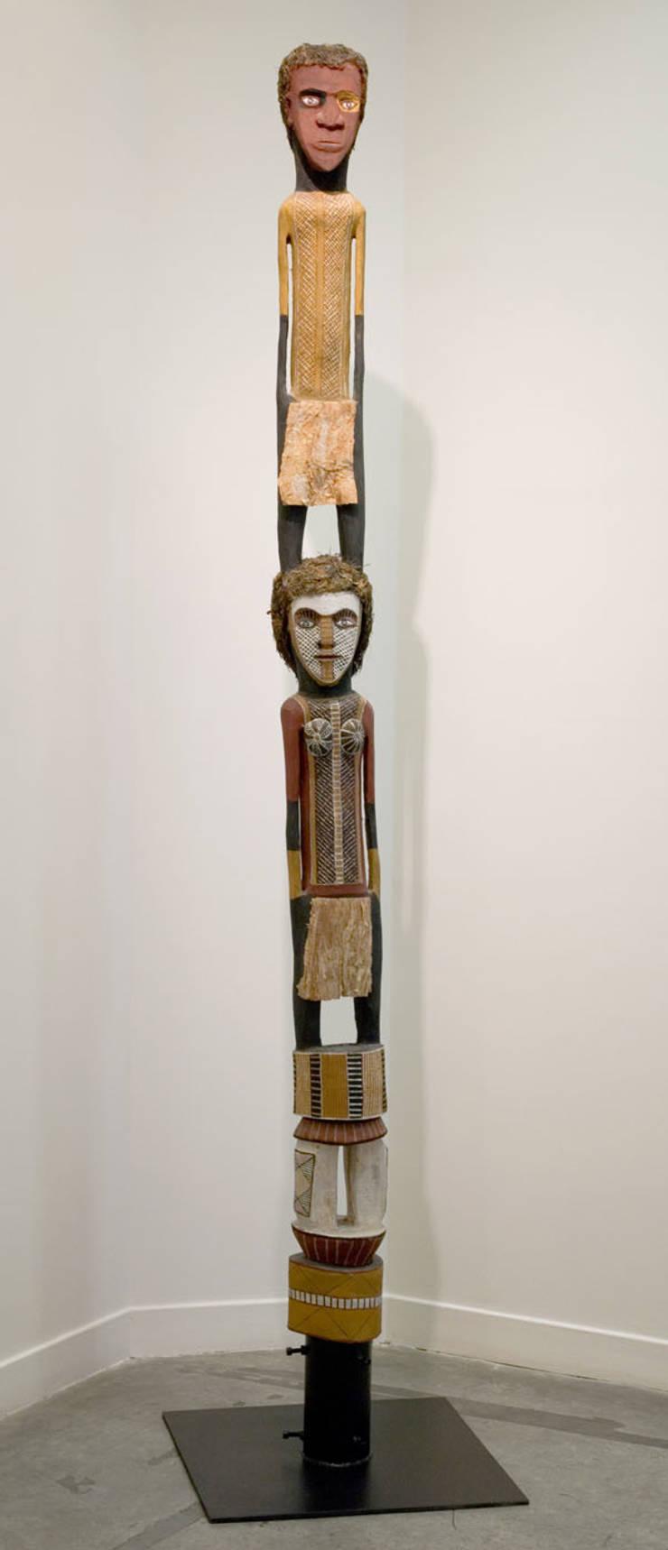 "John WILSON, ""Poteau Tutini - Cérémonie Pukumani  Purukaparli & Bima"", : Art de style  par Galerie Arts d'Australie • Stéphane Jacob"