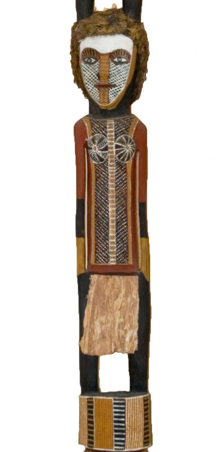 John WILSON, <q>Poteau Tutini – Cérémonie Pukumani  Purukaparli & Bima</q>, : Art de style  par Galerie Arts d'Australie • Stéphane Jacob