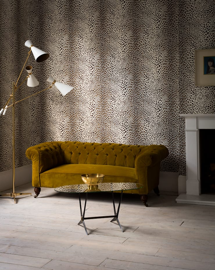 SKIN Collection:  Living room by Graham Brown