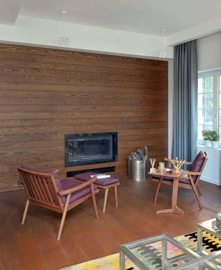 HANDE KOKSAL INTERIORS – House E – E Evi: modern tarz Oturma Odası