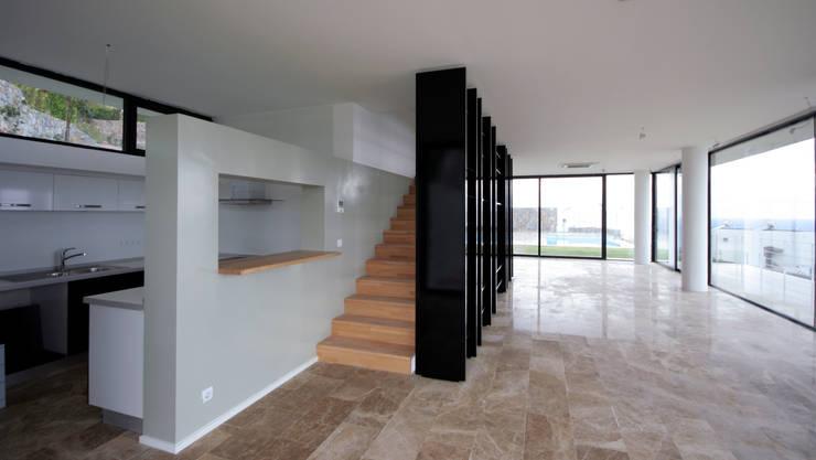 HANDE KOKSAL INTERIORS – House C4- C4 Evi: modern tarz Evler