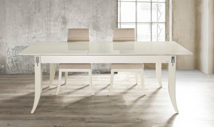 NILL'S FURNITURE DESIGN – Table & Chaır: modern tarz Yemek Odası