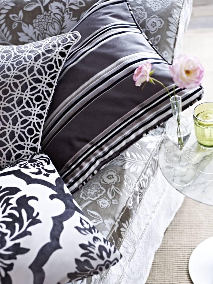 Boutique:  Living room by Prestigious