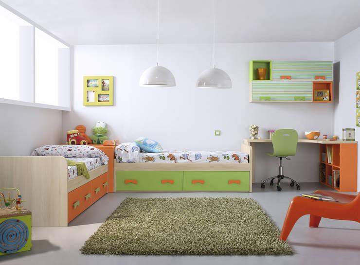 SONRÍE Idees.2: Habitaciones infantiles de estilo  de MUEBLES ORTS