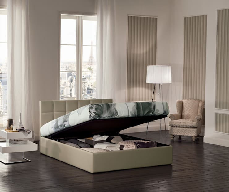 FORCE COLLECTION: Camera da letto in stile  di OGGIONI - The Storage Bed Specialist