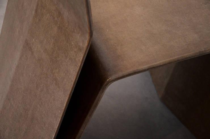 Chaise Katra - Fibres de Lin: Salon de style  par Studio Katra