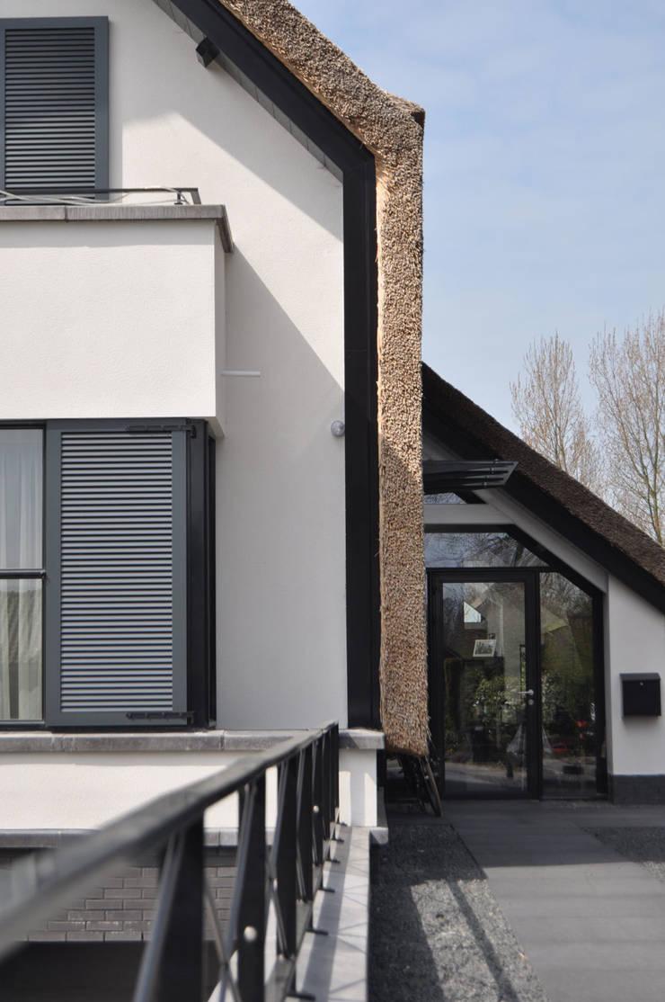 villa Heiloo:  Huizen door Jeroen de Nijs BNI