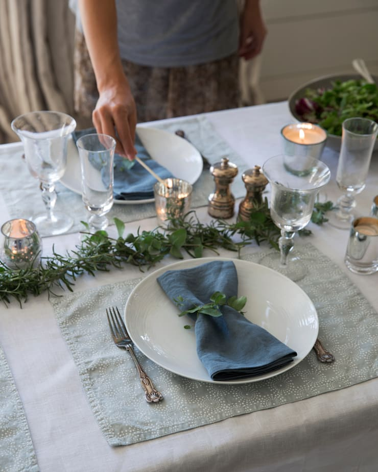 Winter Autumn 2014 :  Dining room by The Linen Works