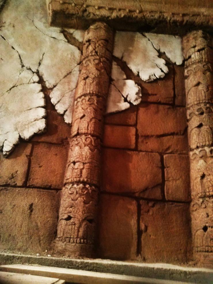 columnas Mayas  para Spa: Spa de estilo  de Overstone