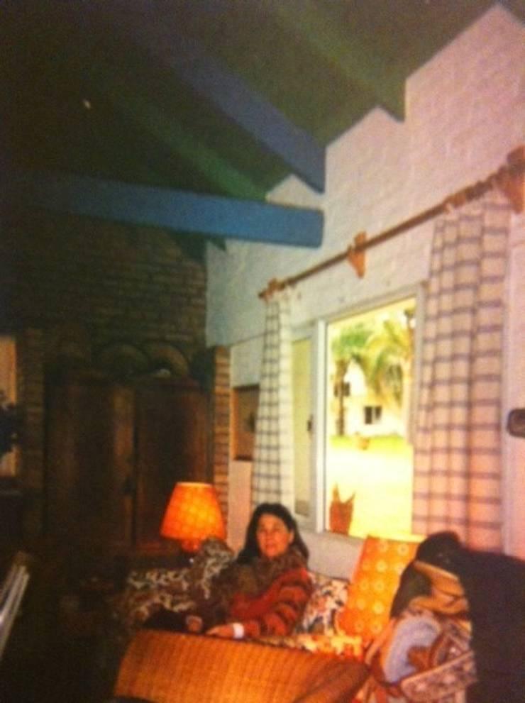 FAMILY ROOM en BUENOS AIRES:  de estilo  de Free-lance by Mechi