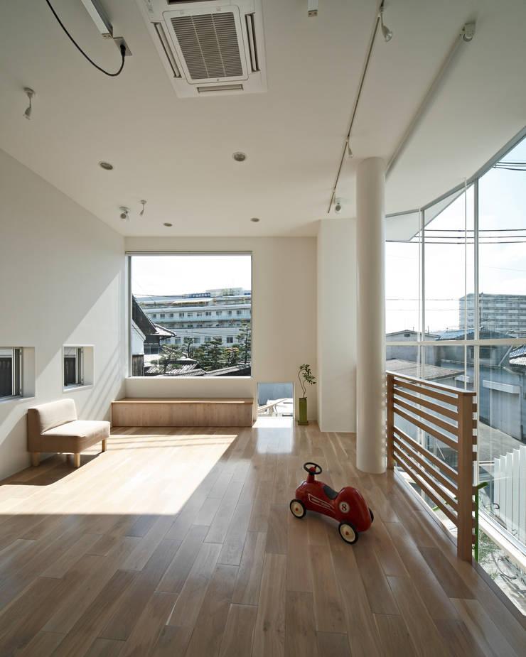 Kayashima Photo Studio Ohana-ハレの日は出掛けよう -: atelier mが手掛けたオフィススペース&店です。