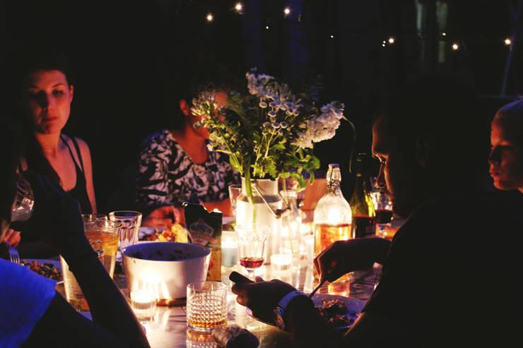 Sala de jantar  por Ektor studio