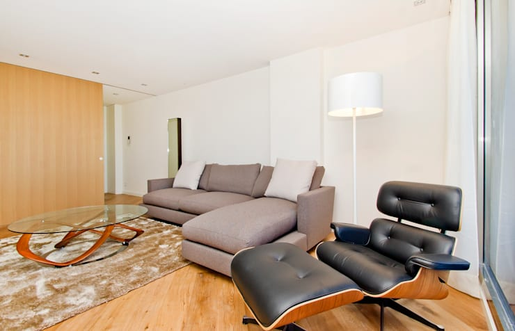 Sala de estar:  de estilo  de LIMEX OBRES I PROJECTES S.L.