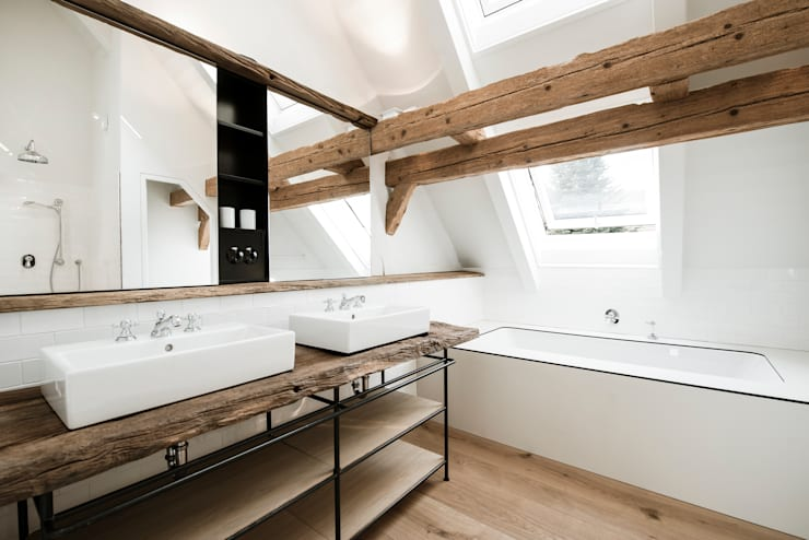 classic Bathroom by BUERO PHILIPP MOELLER