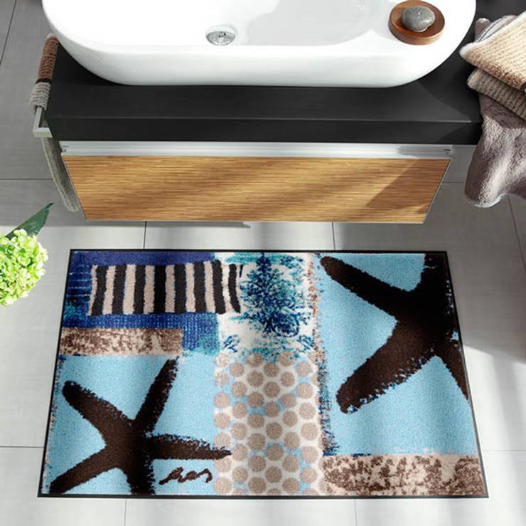Tapis de Bain Marisol: Salle de bain de style  par Salle de Bains Déco.com