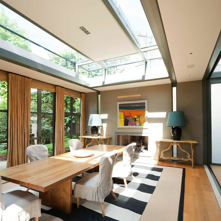 Historic house in West London with large garden:   by Thomas Croft Architects