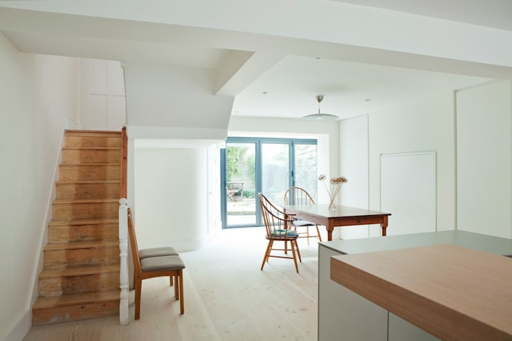 Vincent Terrace:  Kitchen by Lipton Plant Architects