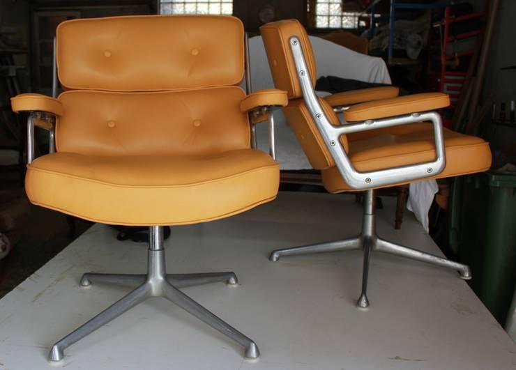 fauteuil Lobby de EAMES: Art de style  par SARL MHT - Hourquet et fils