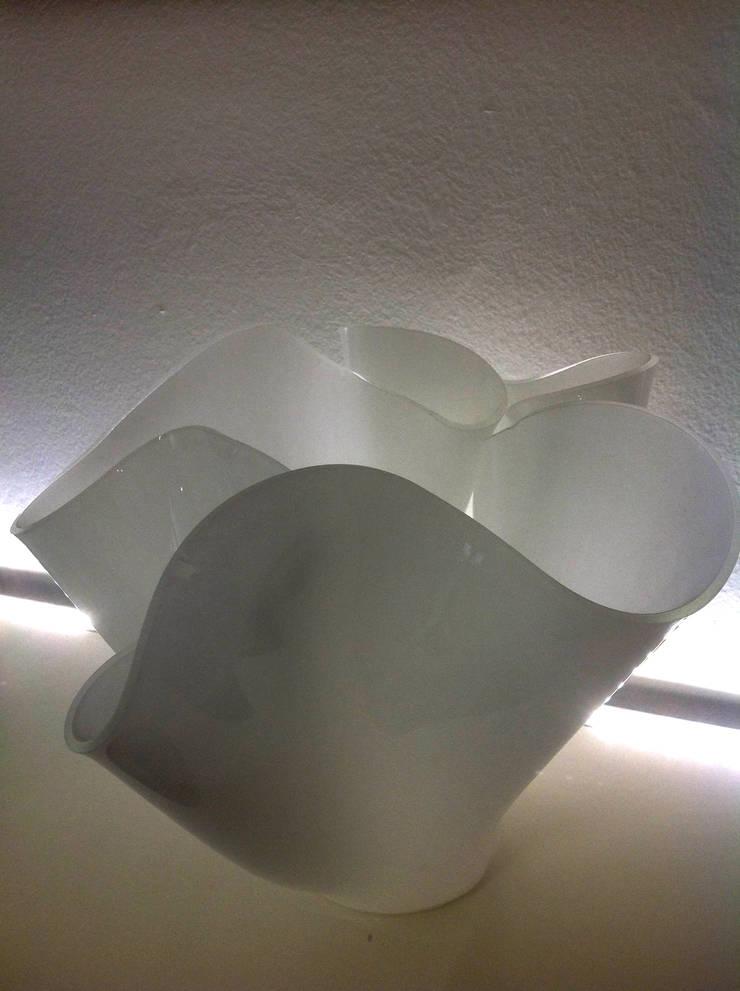 Vaso Bianco di Laura Morandotti Il Vetro Moderno
