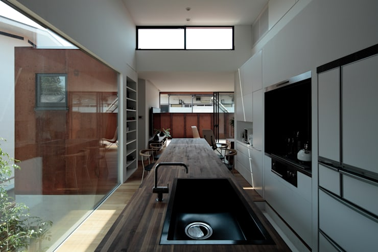 """{:asian=>""""asian"""", :classic=>""""classic"""", :colonial=>""""colonial"""", :country=>""""country"""", :eclectic=>""""eclectic"""", :industrial=>""""industrial"""", :mediterranean=>""""mediterranean"""", :minimalist=>""""minimalist"""", :modern=>""""modern"""", :rustic=>""""rustic"""", :scandinavian=>""""scandinavian"""", :tropical=>""""tropical""""}  by 石井秀樹建築設計事務所,"""