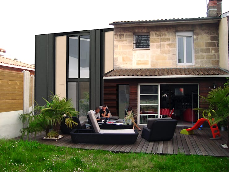 _Extension Maison LP_: Maisons de style  par Hanuman Architecture