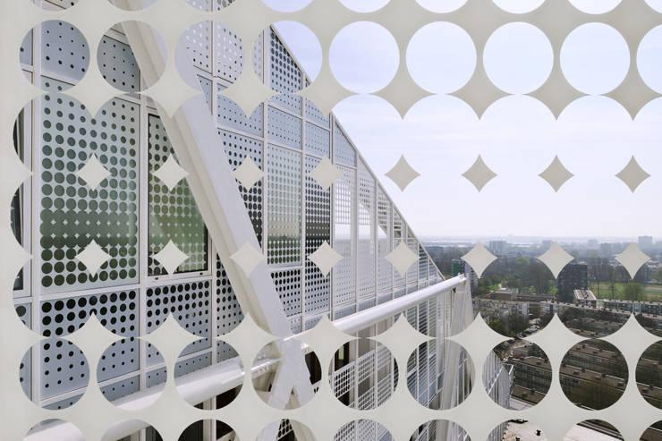 Stadskantoor Leyweg:   door Rudy Uytenhaak Architectenbureau